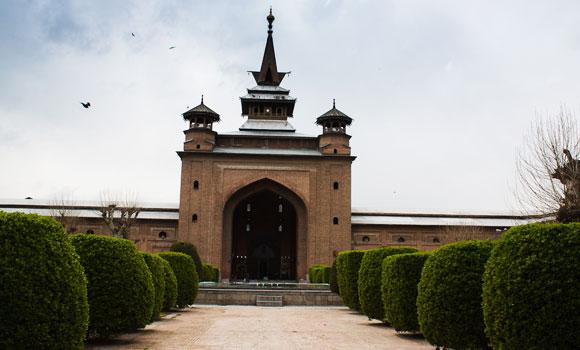 jama-masjid-srinagar1-1
