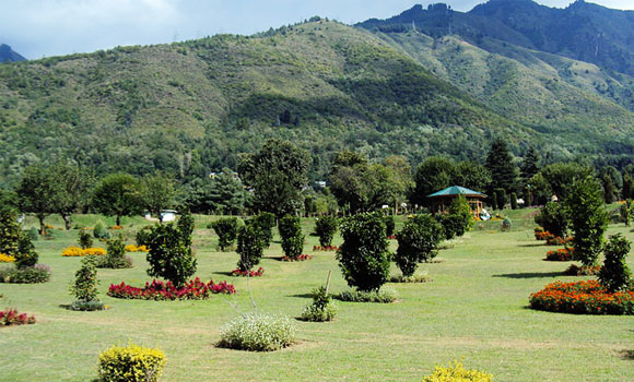 jawaharlal-nehru-memorial-botanical-garden-in-srinagar-1