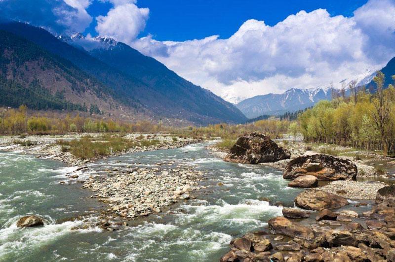 Pahalgam India  city photo : ... River flowing through Pahalgam Valley in Pahalgam , Kashmir India
