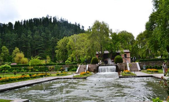 mughal-garden-achabal-1