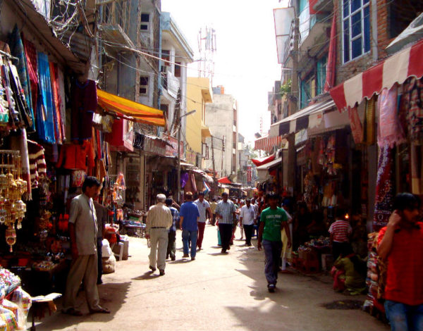 Paradise Gets Busy: Greatest-Ever Tourist Rush in Jammu-Kashmir