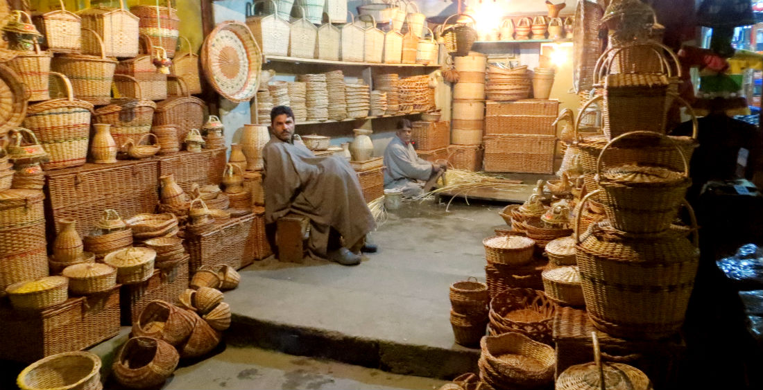 Top 10 Handicrafts In Jammu And Kashmir Kashmir Hills