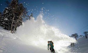 Snowboarding in Jammu and Kashmir