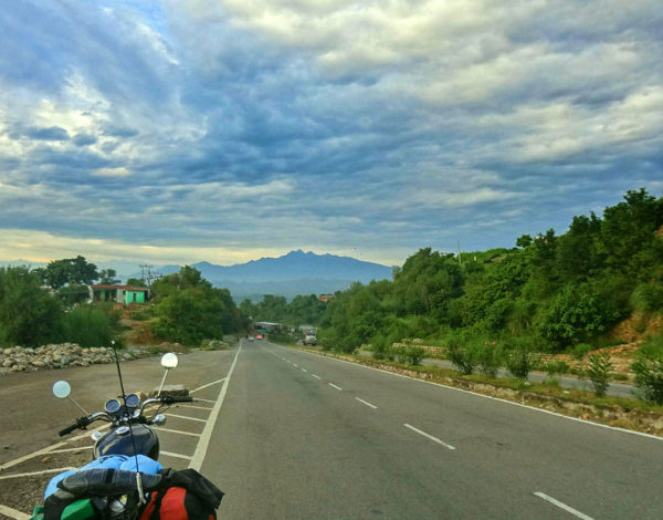 15 Points to Halt, Relax and Eat on Jammu & Kashmir Highway