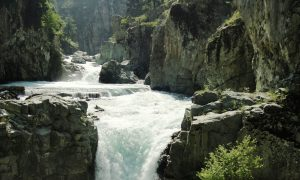 AHARBAL WATERFALL – SRINAGAR