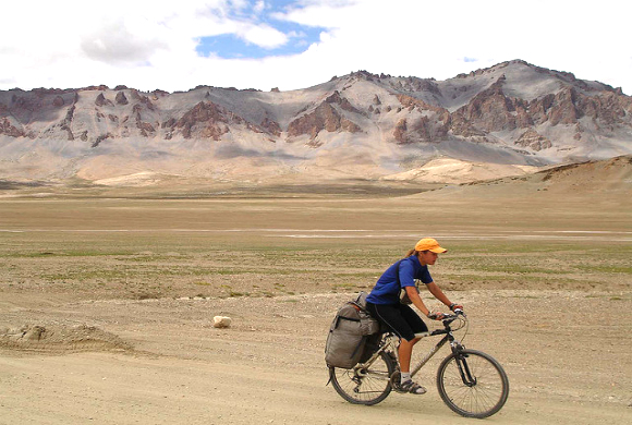 mountain-cycling-in-kashmir-1