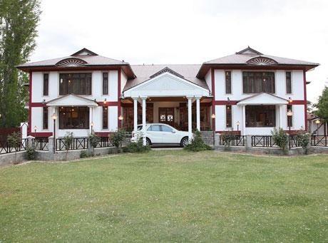 Hotel-Heevan-Srinagar