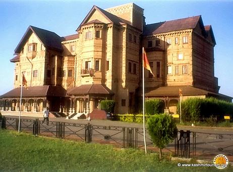 jammu-tourpackage-hari-palace