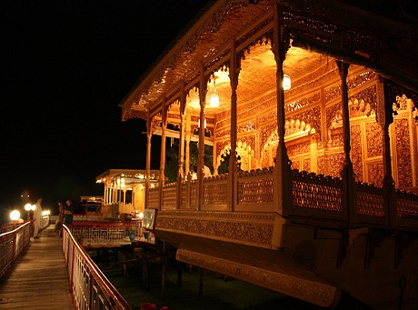 houseboats-kashmir-package